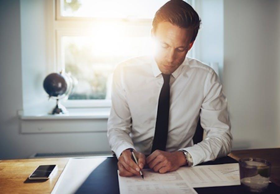 El resumen ejecutivo de tu empresa sirve para presentar el proyecto a posibles inversores, darlo a conocer a mentores y presentarlo en busca de subvenciones. ¿Sabes cómo redactarlo? Usa como guía el ejemplo que te proponemos.