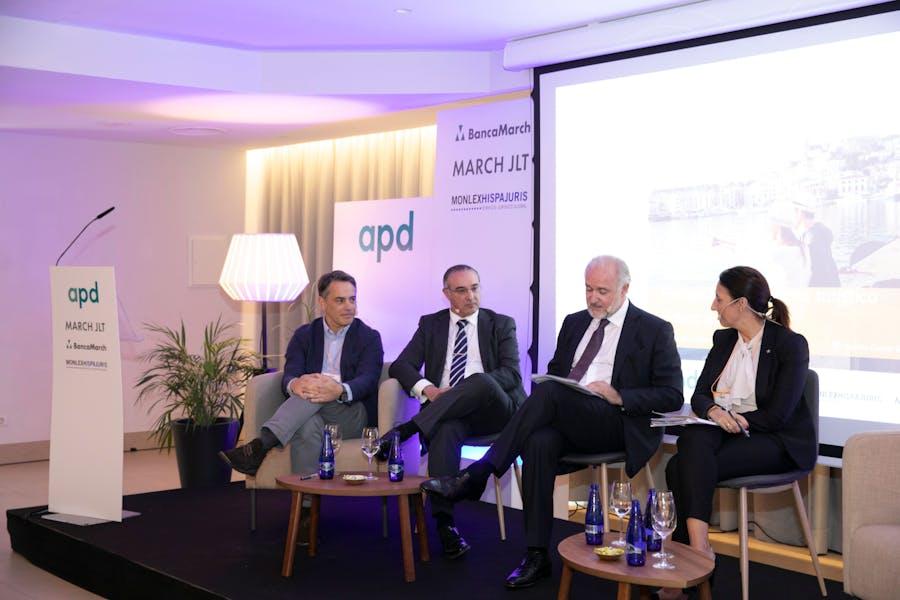 Empresarios, touroperadores y hoteleros piden más inversión en infraestructuras públicas para Baleares