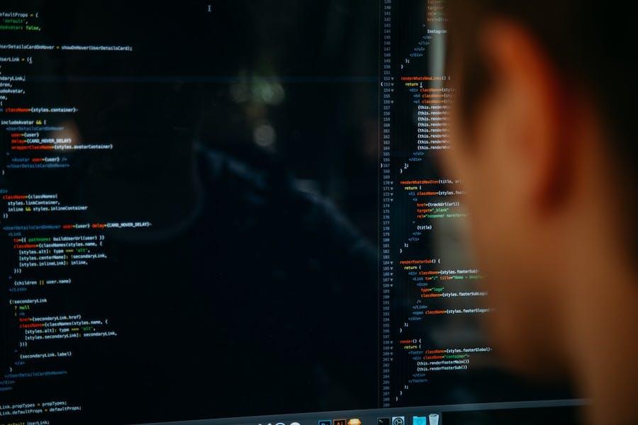 contratar a un hacker en España